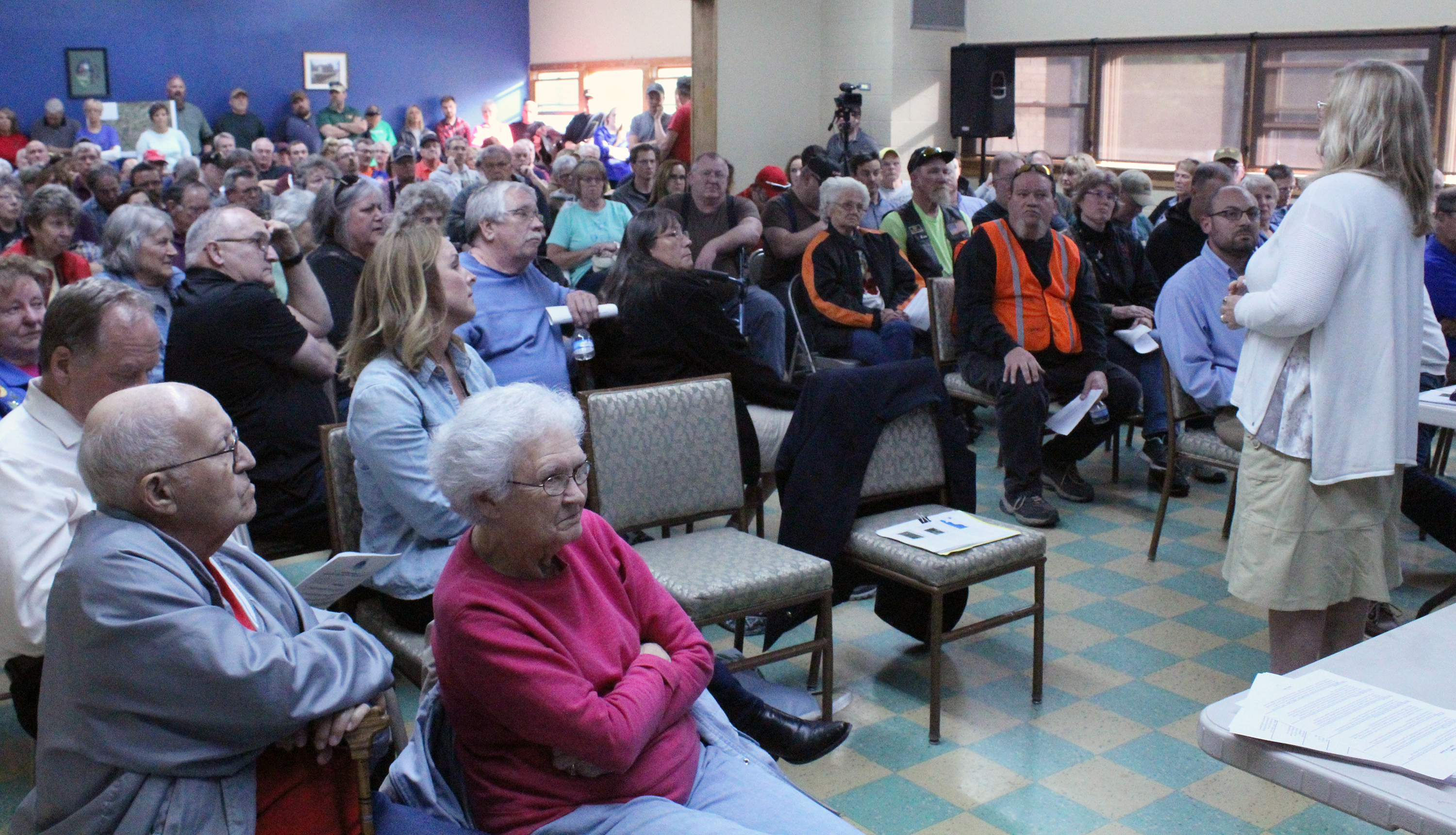 Indiana wabash county lagro - Dawn Kroh Trail Developer From Green 3 Fields Questions From A Standing Room Only Crowd At The Lagro Community Building On Monday Night May 8
